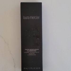 Laura Mercier tinted moisturizer illuminating,New